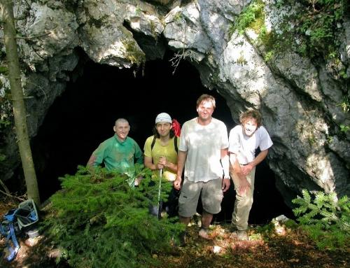 Pećina u strednoj stijeni cave – Zavidovići